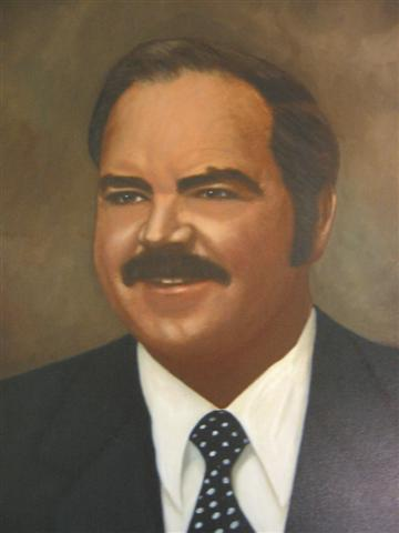Mayor Winfred E. Jackson, 1976-1980.  City Council: Edward Philpot > Arnold Norton Burgess, Julia W. Plant, James L. Baggett, Carlton McWhorter, Thomas B. Ramey