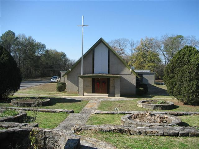 Zion Travelers Primitive Baptist Church - 1872 Colliar Dr. Midfield, AL 35228,  205-923-3368